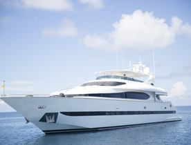 Luxury Yacht 'Sea Jaguar' Cruises the Maldives