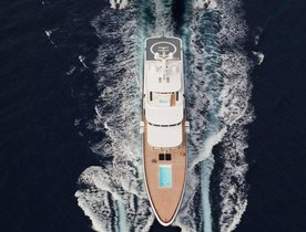 Feadship Charter Yacht AIR Impresses Crowds In Ireland
