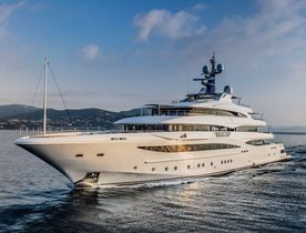 Charter Yacht 'Cloud 9' Wins World Yacht Trophy
