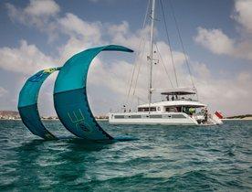 Discover Tahiti on board luxury catamaran 'Ocean View'