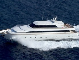 Tecnomarine Motor Yacht 'Let It Be' Offers Charter Deal