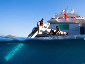 5 Superyachts with fabulous beach clubs