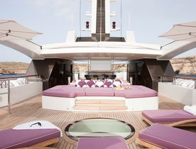 Catch the Abu Dhabi Grand Prix 2017 Aboard Benetti Superyacht 'St David'