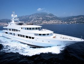 Superyacht 'LADY LOLA' Available for Christmas Charter in the Grenadines