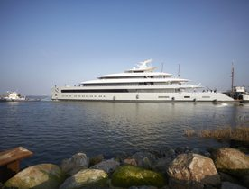 Feadship successfully delivers 100m superyacht MOONRISE