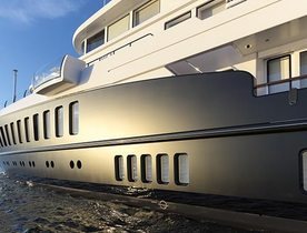 Charter Yacht AIR Relaunched With Freshly Painted Matt Black Hull