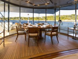 Feadship Motor Yacht 'Blue Moon' Opens for Christmas in the Caribbean
