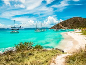 How to have the best luxury yacht charter in the British Virgin Islands