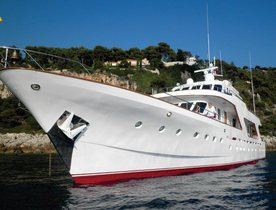 Charter Yacht SPREZZATURA Makes Her Charter Debut