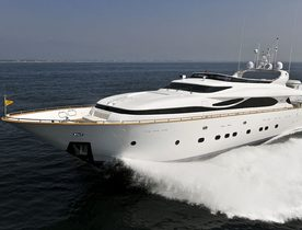 Motor Yacht 'Paris A' Offers Charter Deal