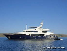 Greece charter special: last minute discount for 44m motor yacht GRANDE AMORE
