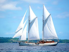 Luxury Phinisi 'Mutiara Laut' Open for Charter in Indonesia