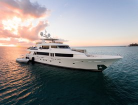 Thanksgiving Yacht Charter Availability