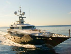Superyacht MARIU Lowers Rate on Sardinia Charter