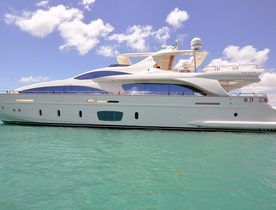 Motor Yacht 'Lady Carole' Joins Global Charter Fleet