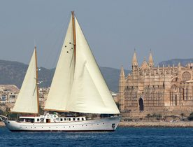 Southern Cross Charter Yacht - Last Minute Availability & Reduced Rates