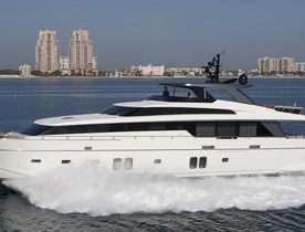 Motor yacht FREDDY now available for Bahamas yacht charters