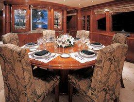 Superyacht VITESSE Bahamas Special Offer