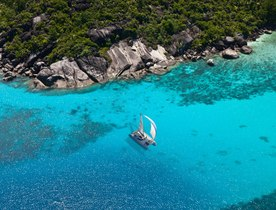 Seychelles charter offer: luxury catamaran 'Lone Star' reduces rate
