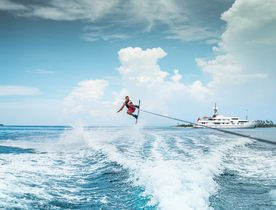 Escape to Tahiti aboard Amels charter yacht CALYPSO