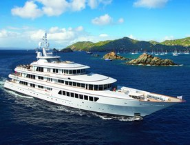 Superyacht UTOPIA Offers Christmas Charter in the Caribbean