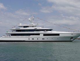 Codecasa launches fully custom superyacht FRAMURA