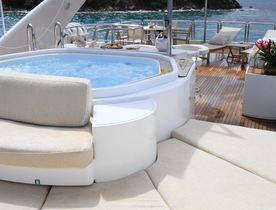Celebrate the holidays in Saint Martin on board superyacht BRUNELLO