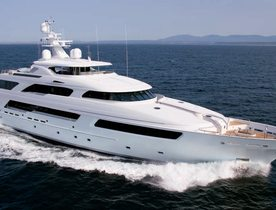 VICTORIA DEL MAR II for Charter