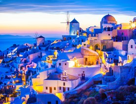 Discover why Greece should be on your shortlist for a luxury yacht charter for 2021