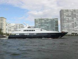 30% Charter Discount on Motor Yacht Sea Dweller
