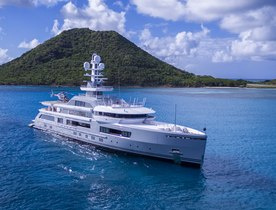 Superyacht CLOUDBREAK offers once in a lifetime experience in Madagascar