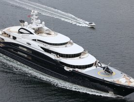 Superyacht SERENE Wows Locals in New Zealand