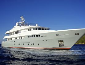 Superyacht 'O'Ceanos' Offers Charter Discount