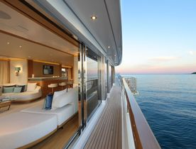 Mulder Motor Yacht SOLIS Opens for Year-Round Charters