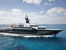 Luxury Yacht HIGHLANDER Available to Charter for Columbus Day
