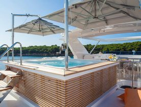 Luxury Benetti Yacht DYNA Available for Virgin Islands Charter