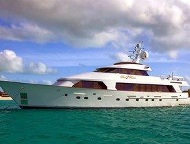 Luxury Motor Yacht 'SEA BEAR' Available in Florida