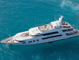 Motor Yacht 'BLIND DATE' to be Renamed ROCKSTAR