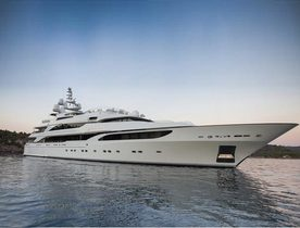 Superyacht 'LIONESS V' joins the Charter Fleet