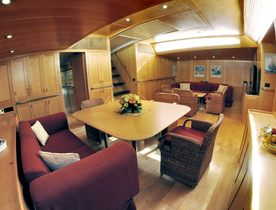 S/Y ADESSO Offering Italian Charters at Reduced Rates