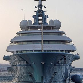 Superyacht FLYING FOX - World's Largest Charter Yacht