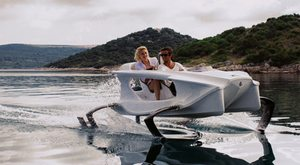 new eco-friendly 'Quadrofoil' personal watercraft to be hottest water toy of 2015