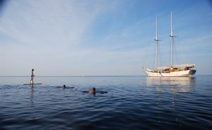 Discover Indonesia for Less Aboard Charter Yacht 'Mutiara Laut'