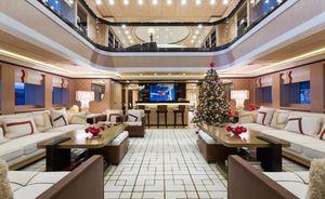 Superyacht AXIOMA opens for Christmas yacht charter