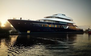 Video: Newly launched Feadship superyacht LONIAN leaves shipyard to begin sea trials