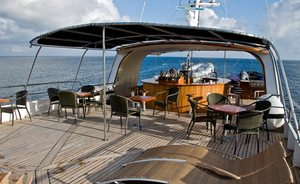 Motor Yacht INTEGRITY Lowers Charter Rate in the Galapagos Islands