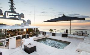 Superyacht 'Lioness V' reduces rate for Monaco Grand Prix charter