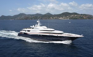 Bahamas charter special: last-minute availability for WHEELS (ex ANASTASIA) in April