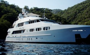 Thanksgiving charter deal: superyacht 'Milk and Honey' offers special rate