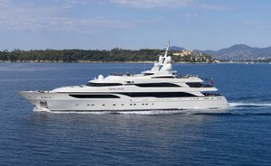 Fantastic Maldives charter offer with 64.5m superyacht 'Silver Angel'